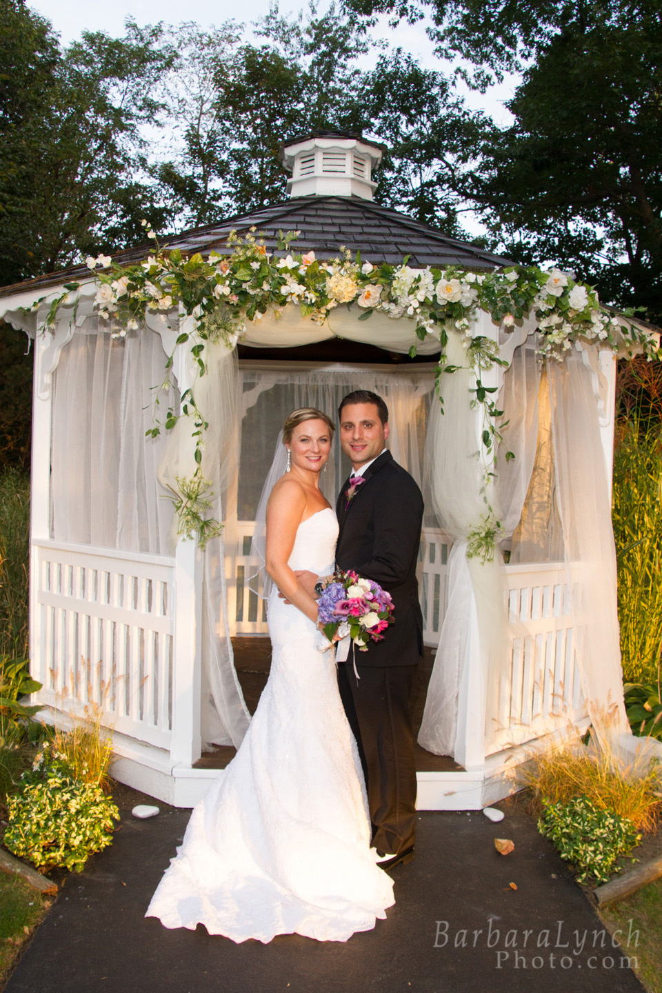nahant personals Our experienced team prides itself on being familiar with almost thirty popular area venues available for your catered events we know venue formats, capacities.